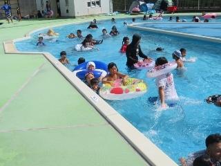0815-09-pool.jpg