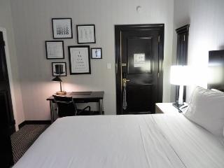 1020-04-hotel.jpg