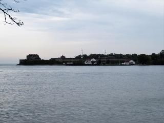 1115-04-lake.jpg